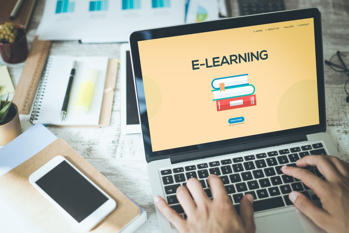 التعليم المجاني عبر الإنترنت